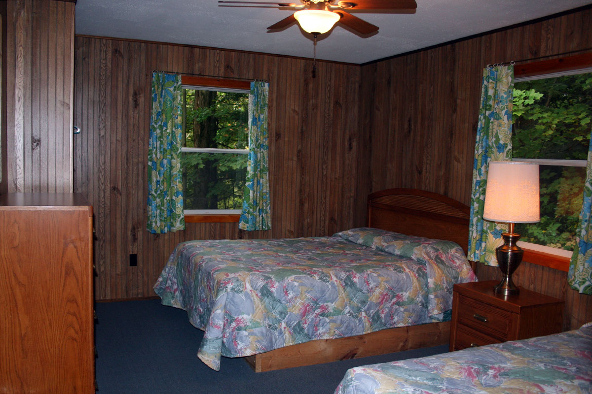 Cottage #18 Bedroom with Queen sized bed and Twin Bed